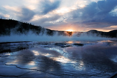 Grand Prismatic spring at sunset (WorldofArun) Tags: nature landscape nikon montana reserve biosphere september worldheritagesite planet vegetation yellowstonenationalpark environment yellowstone wyoming geyser bacteria geothermal thermal 2010 ecosystem fireholeriver 18200mm midwaygeyserbasin supervolcano thermalvent thermophilicbacteria d40x greateryellowstoneecosystem geothermalfeatures ecologicalzone worldofarun arunyenumula freeroamingwildlife