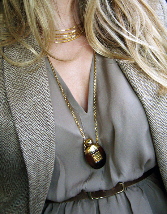 vintage 70s perfume bottle necklace+gold chains+gold accessories+mixed neutrals+brown boots