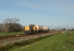 Adorp - 15 november 2010 (Kars Cleveringa) Tags: train zug db cargo loc trein railion schenker 6400 locomotief 6418 goederentrein 62312 adorp ketelwagens ketels keteltrein dbsrn