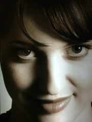 *smile* (xmyrxn) Tags: portrait woman girl beautiful beauty smile face smiling sepia germany nose deutschland eyes gesicht lips finepix fujifilm augen frau nase mdchen lcheln schnheit lippen schn xmyrxn