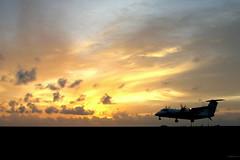 Landing @ Sunset (╚ DD╔) Tags: sunset pordosol airport tramonto sonnenuntergang explore 夕陽 maldives didi dash8 mle coucherdusoleil غروب 일몰 夕阳 日没 hulhule abigfave vrmm atcdd 8qamd ދިވެހިރާއްޖެ лимитирующих އިރުއަރާމަންޒަރު އިރު ހުލުލެ ފްލައިޓް އެއަރޕޯރޓް