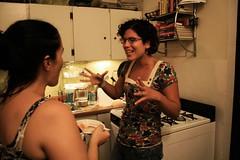 Mi mujer tomando tips de embarazo (paohaus) Tags: birthday oldsanjuan birthdayparty cumpleaos bellydancing kidsparty issis