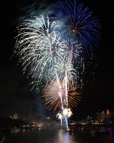 Thames Festival Fireworks 01
