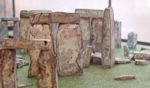 Flatpack monuments