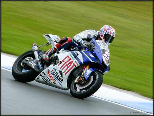 Colin Edwards racing in Moto GP