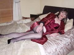The red set (Emma Maria Fox) Tags: photo shoot