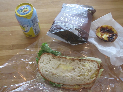Egg sammich, Limonata, chips, Natas from Cartet - $11.25