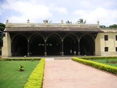 Tippu's Childhood Palace (Marianne Serra) Tags: flowers india childhood market bangalore palace bull sultan tippu
