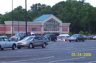 Super Fresh Super Store (Pathmark Sav-A-Center) Franklin Mills