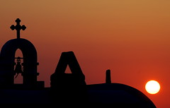 Chapel at sunset (Aster-oid) Tags: sunsets chapels greece mykonos ih takeabow ysplix excapture