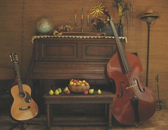 Pear Piano (IngallsIdyllGirl) Tags: wood fruit pears guitar lace availablelight piano bowl livingroom bow pear apples dulcimer dilo musicalinstruments autumnequinox shantiknoll diamondclassphotographer flickrdiamond suprememasterpiece theperfectphotographer dilosept07