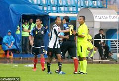 Persidafon vs Arema 0-1 (Ongisnade.net) Tags: indonesia stadion malang copa esteban piala arema aremania kanjuruhan aremamalang romanchmelo dendisantoso aremaindonesia pialaindonesia persidafon dafonsoro