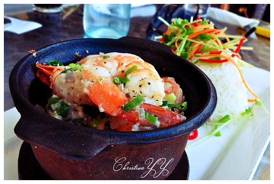 Peppers Pier Resort Hervey Bay: Garlic Prawns