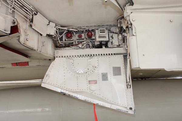 EAA10_F-4E_63