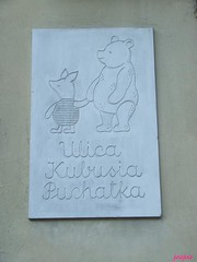 joanica puff (julia fryderyka) Tags: street toy story warsaw winniethepooh rua warszawa varsovia joujou bajki juliafryderyka kubuspuchatek joanicapuff