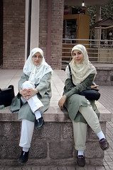Teb & Chit (Hamed Saber) Tags: girls scarf persian iran persia saber gathering iranian  hamed mariam flickrmeetup farsi       parkeshahr somayeh      tebiani upcoming:event=218495 chitforoush