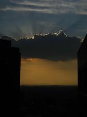 sol entre muros