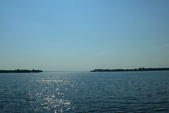 200707_25_06 - Sparkling (bnjmnwood) Tags: sky water river ottawa horizon parkway fz50 lumixfz50