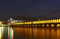 Iran_238_18-12-06 (Kelly Cheng) Tags: bridge architecture river twilight iran story esfahan isfahan pol zayandeh sioseh pickbykc