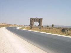 main gate of musti roman city, 1700 years ago. (elmina) Tags: tunisia tunisie musti romangate  elkrib