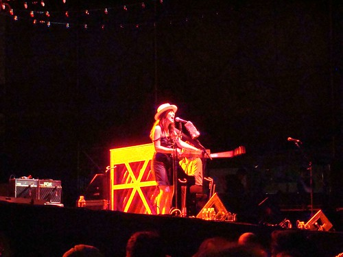 Feist @ McCarren Park Pool