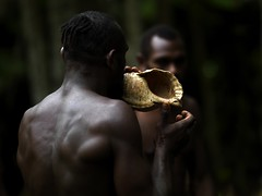 Iphone in Vanuatu ? (Eric Lafforgue) Tags: island pacific shell ile tribal blow hasselblad blackpeople tribe ethnic hebrides ethnology vanuatu tribu oceania kustom ebridi melanesia pacifique newhebrides ethnologie h3d oceanie ethnique lafforgue malekula ethnie ericlafforgue melanesie nouvelleshebrides ericlafforguecom wwwericlafforguecom vanuatupicture vanuatupictures  wanuatuneue hebridennew hebridesnieuwe hebridennouvelleshbridesnuevas hbridasnuove