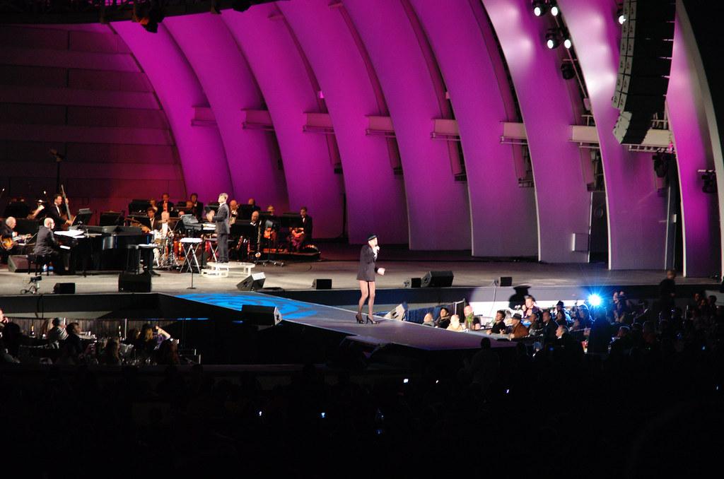 Rufus Sings Judy Garland - Hollywood Bowl