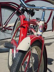 48Schwinn3 (centerprairie) Tags: red 1948 2004 bicycle illinois maroon 1998 schwinn 1949 b6 2426 balloontire