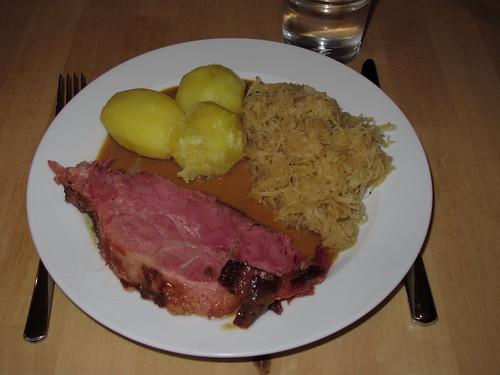 Kassler mit Sauerkraut und Kartoffeln   Gourmandise