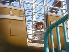 嚇到僵掉卻什麼都要玩的劉若英 (kenrian0129) Tags: 兒童樂園