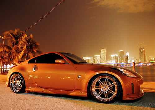 Nissan 350z on SEVAS WHEELS R 77