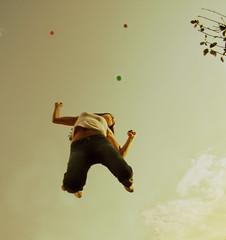 Do you feel alive, she said (AnnuskA  - AnnA Theodora) Tags: light sun topf25 freedom flying jump bravo alive topf100 blueribbonwinner cherchezlafemme 3000v120f anawesomeshot aplusphoto annatheodora goldenphotographer hahahahyesitwasveryhardtomakethisself hadtojumpmanymanytimesgotallsweatybytheendofitp ididntjumpfromatrampoline isagoodexcercicedonotworry aannaferademaisgente 3000v12f