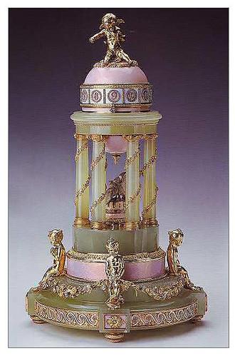 015-Huevo columnata 1910- Faberge