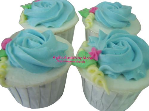 Rose Buttercream Cupcake Blue