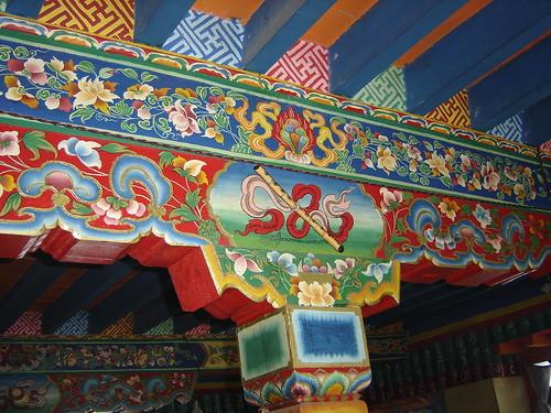 detalle del techo de las casas tibetanas