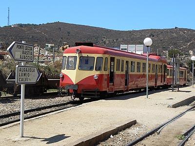 tramway en gare.jpg