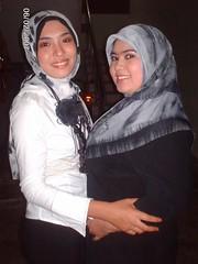 183347191l (jilbablover) Tags: friend hijab jilbab
