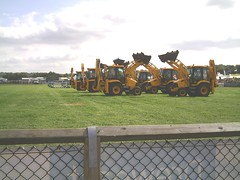 Pic00018 (PMOR07) Tags: show jcb dancing royal diggers berkshire 2007