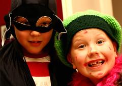BatSeven & B-dayBart (Day_C) Tags: family friends boys smile kids children happy dayc funny child kinderen bart seven kiddos missingteeth jongen jongens verkleden happyfaces vriendjes apies jochies 2k7 wisselen