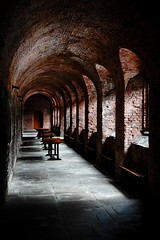 The Cloister, Charterhouse (Dean Ayres) Tags: london cloister guesswherelondon charterhouse i500 interestingnes48