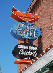Overland Hotel - by Roadsidepictures