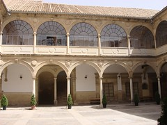 Patio de la Antigua Universidad de Baeza (Daniel Villar-Onrubia) Tags: baeza antiguauniversidad