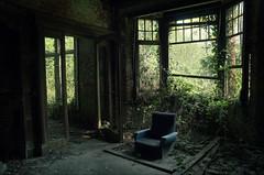 EJ (Farlakes) Tags: urban abandoned chair decay empty ej exploration ue farlakes