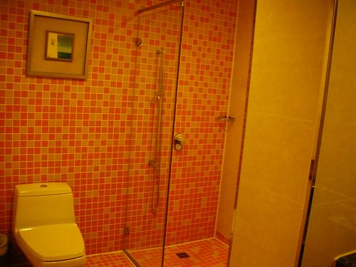 波西塔諾館-家庭房(海景)3樓 一大二小床-浴室
