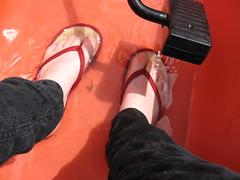 Wet Feet! (aechisholm) Tags: paddleboat wetfeet gradbbq07