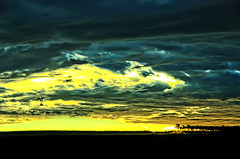 Italian Sunset (` Toshio ') Tags: trees sunset italy sun yellow skyline clouds europe rays sunrays europeanunion toshio naturesfinest aplusphoto
