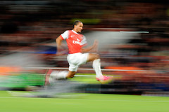Arsenal v Shakhtar Donetsk (toksuede) Tags: uk england london sports sport foot football nikon fussball soccer ukraine emirates deporte theo arsenal futebol league champions d3 voetbal 2010 calcio donetsk 2011 walcott shakhtar