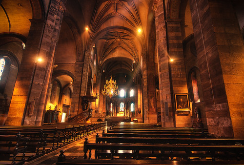 Kerk Onze-Lieve-Vrouwenbasiliek in Maastricht