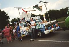 laundry car 1 (Jean Arf) Tags: houston artcarparade