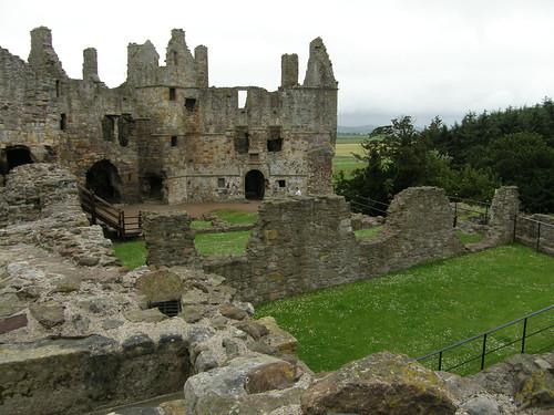Dirleton castle 1